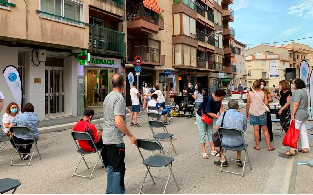 Los vecinos de Caspe disfrutan varios viernes de APEC Revolution. /Fuente: Pilar Sariñena