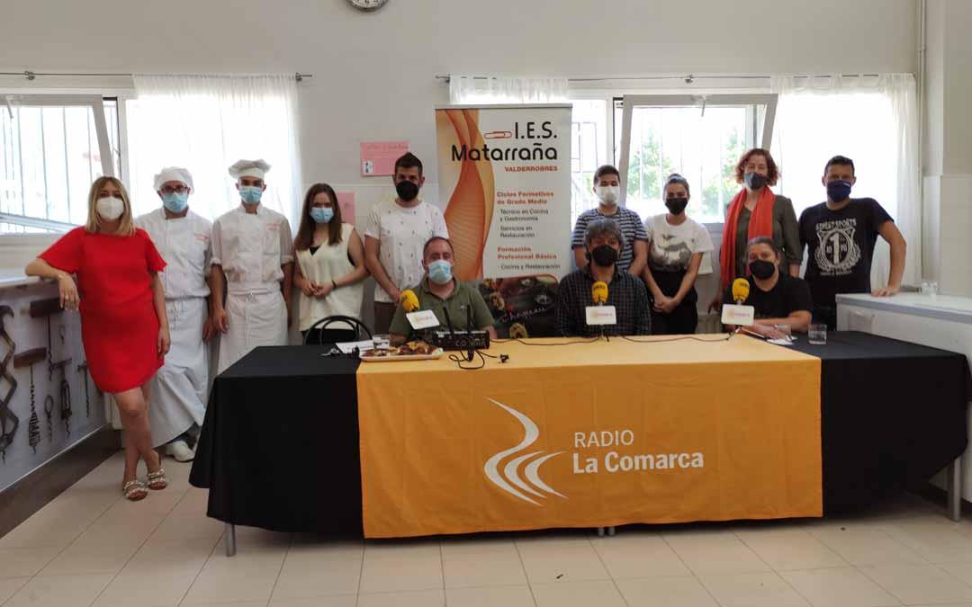 Foto de grupo de los participantes en el especial sobre Hostelería en el IES Matarraña.