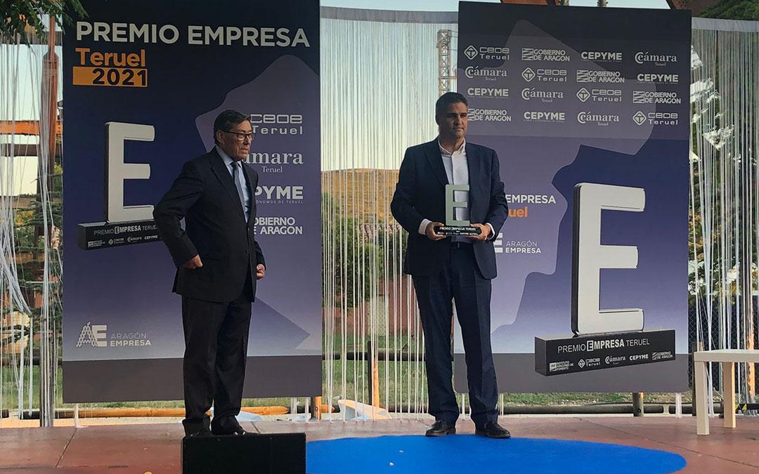 entrega premio empresa 2021 gala premio empresa teruel 2021