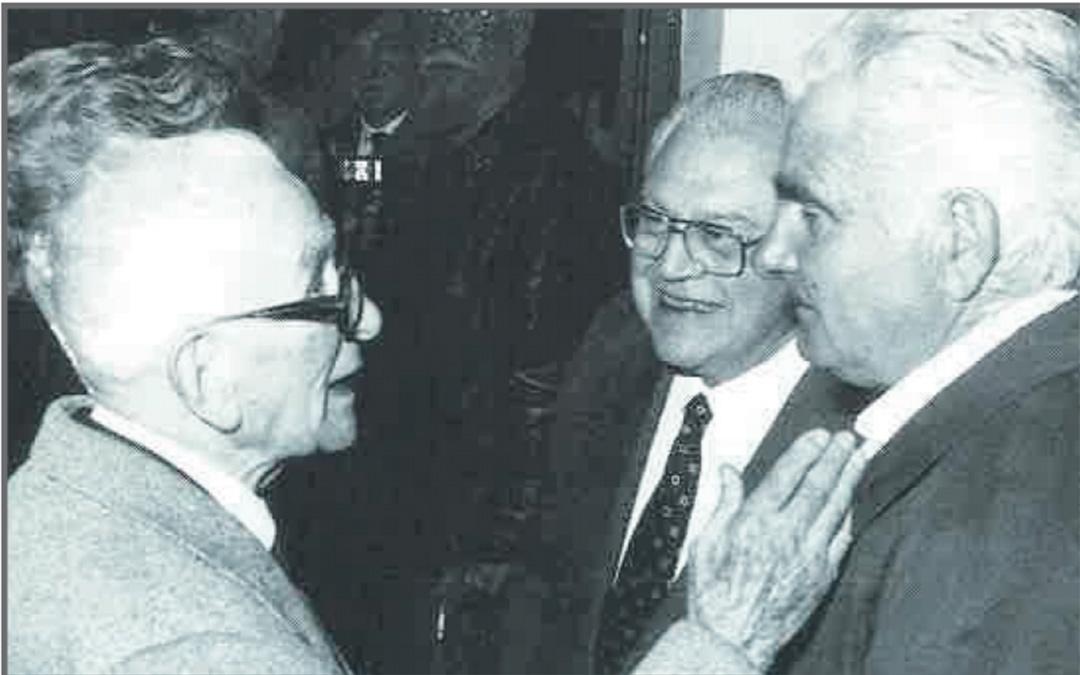 En1987 en Alcañiz en el nombramiento de Hijo Predilecto./ Archivo familia Leoz recogidas en el libro de Antonio Bergua Aznar 'Galo Leoz' (1990) Colección 'Los aragoneses'.
