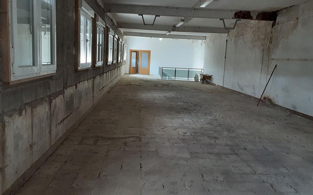 El pasado lunes comenzaron las obras del albergue fayonense/ Fuente: R. Cabestany