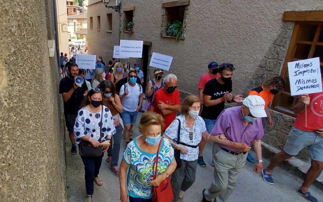 Imagen de archivo de la manifestación convocada por la Asociación de Segundos Residentes./ Asociación Segundos Residentes de Beceite