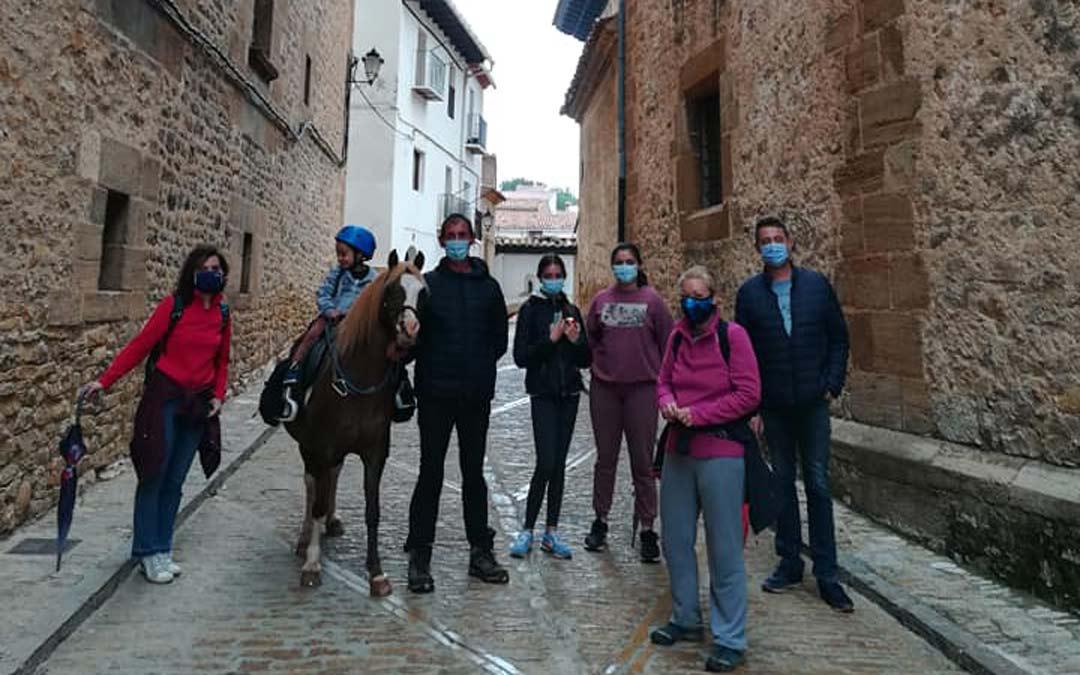 El sábado se celebró una jornada de plogging en La Iglesuela coincidiendo con el Día Mundial del Medio Ambiente./FACEBOOK TURISMO LA IGLESUELA DEL CID
