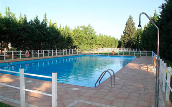 La piscina grande de Puigmoreno ya se encuentra abierta al público