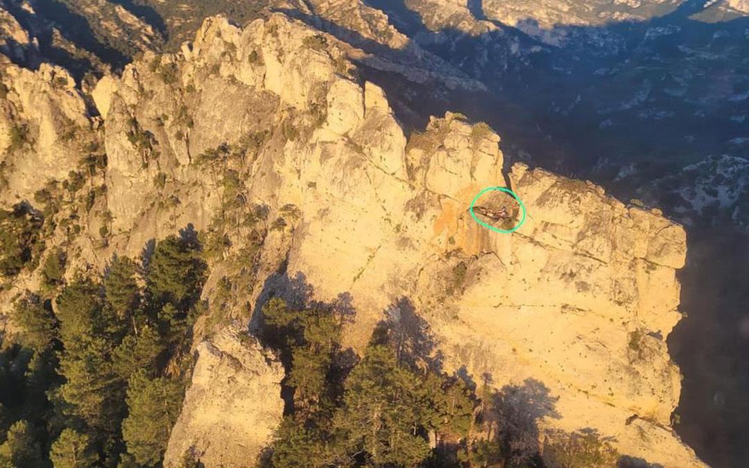 Rescate de un escalador que había sufrido una caída desde una altura de 5 metros en la cresta Sola D'Justa / Guardia Civil