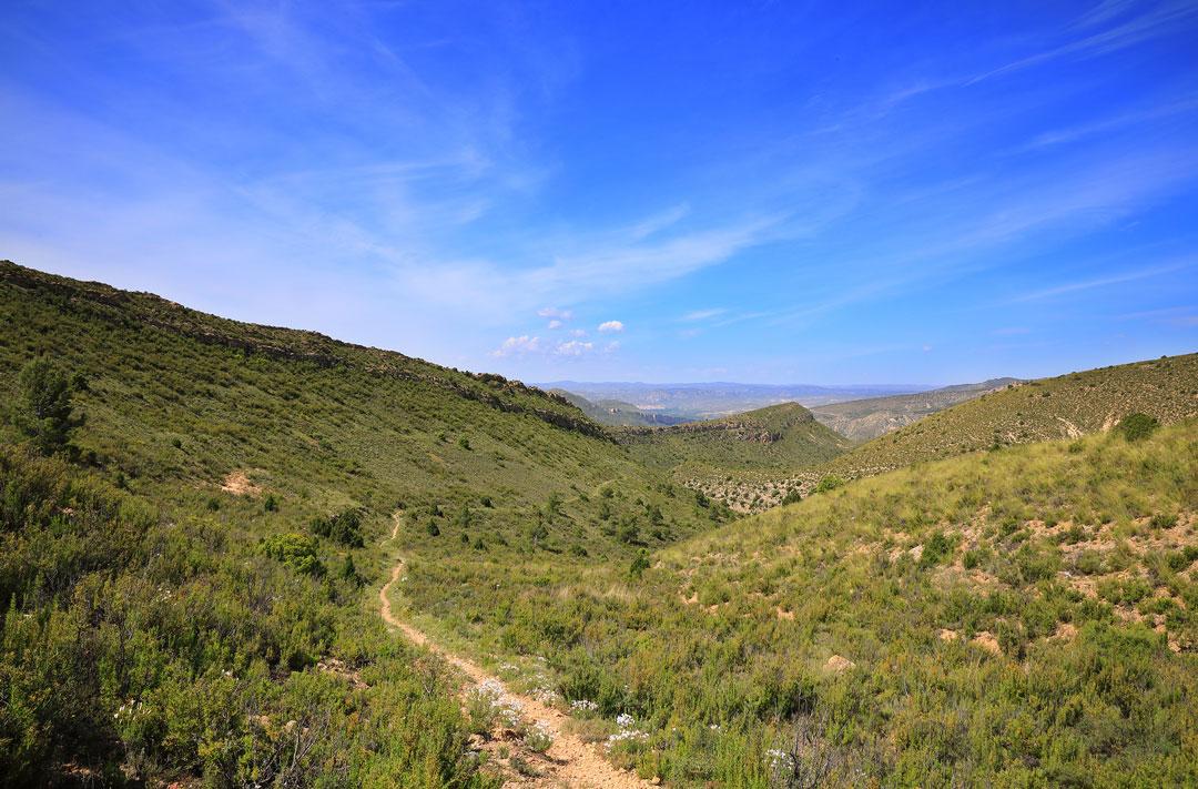 ruta senderista ariño mirador sierra de arcos