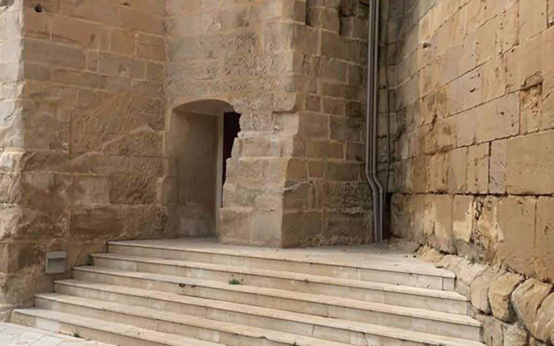 La Torre Gótica, sin la placa este miércoles./ L.C.