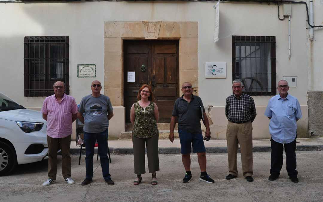 Los integrantes de la asociación cultural C.B. Torrevelilla fueron unos de los artífices de este documental. J.L.