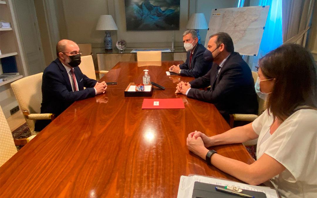 El ministro José Luis Ábalos y el presidente del Gobierno de Aragón, Javier Lambán./ DGA