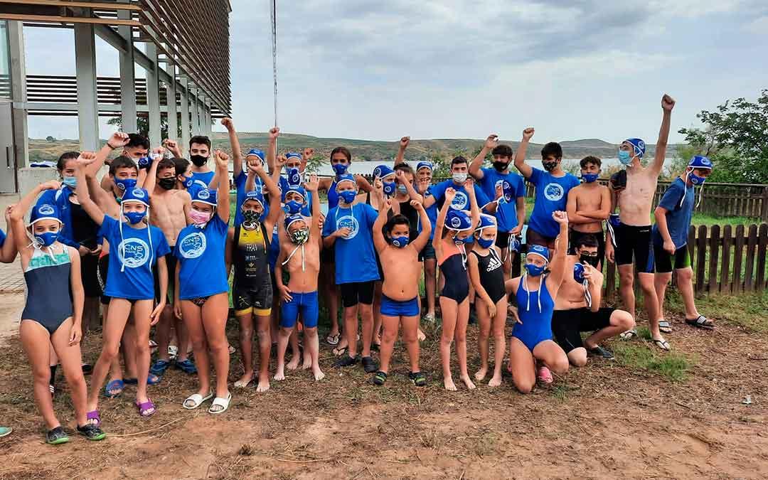 Los nadadores caspolinos que participaron en el campeonato/ Fuente: Diego Tobo