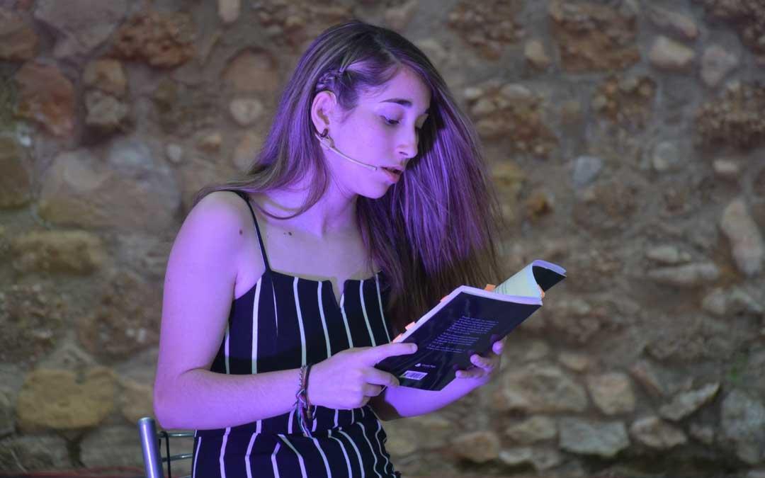 La joven autora alcorisana Yaiza Yeguas / La Comarca