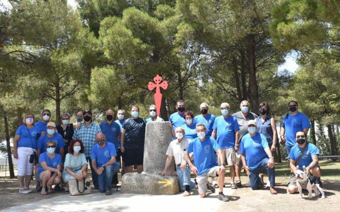 Los Amigos de los Caminos de Santiago inauguran una escultura en San Macario