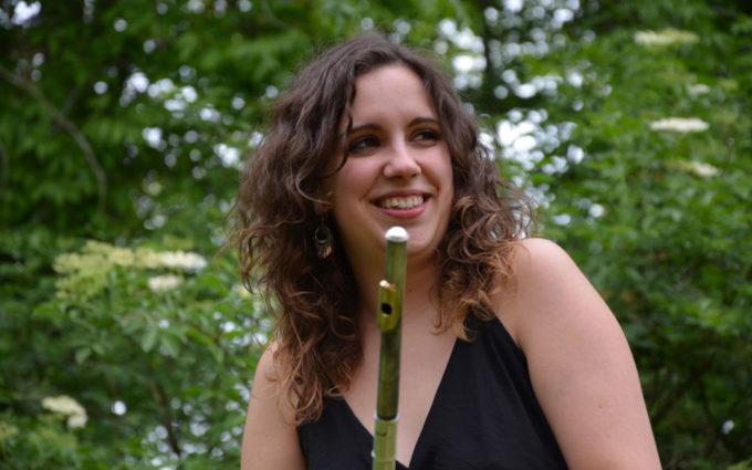 Andrea Rodríguez, una apasionada del pícolo, instrumento clave de las bandas