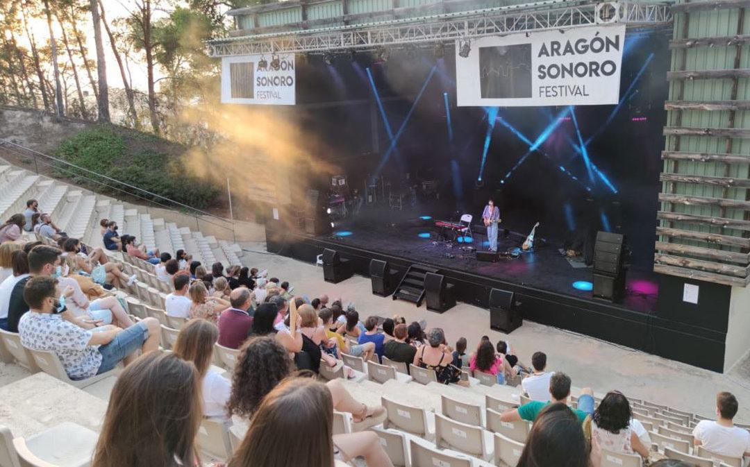 Arranca Aragón Sonoro con Alice Wonder y La Guardia en escena