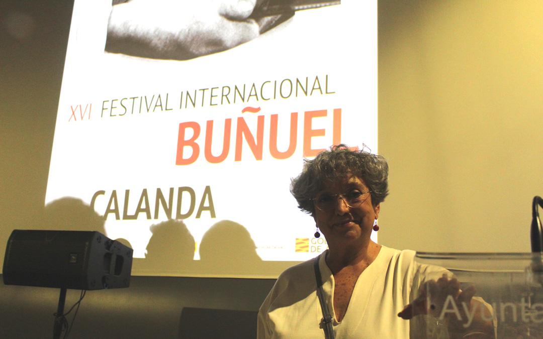 Sol Carnicero, en Calanda, tras la proyección y coloquio de 'Esa pareja feliz', de Berlanga y Bardem. / B. Severino