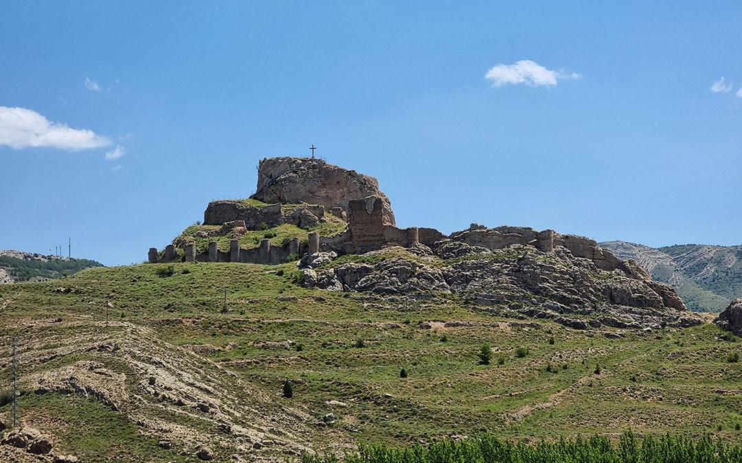 castillo de aliaga visita plan c