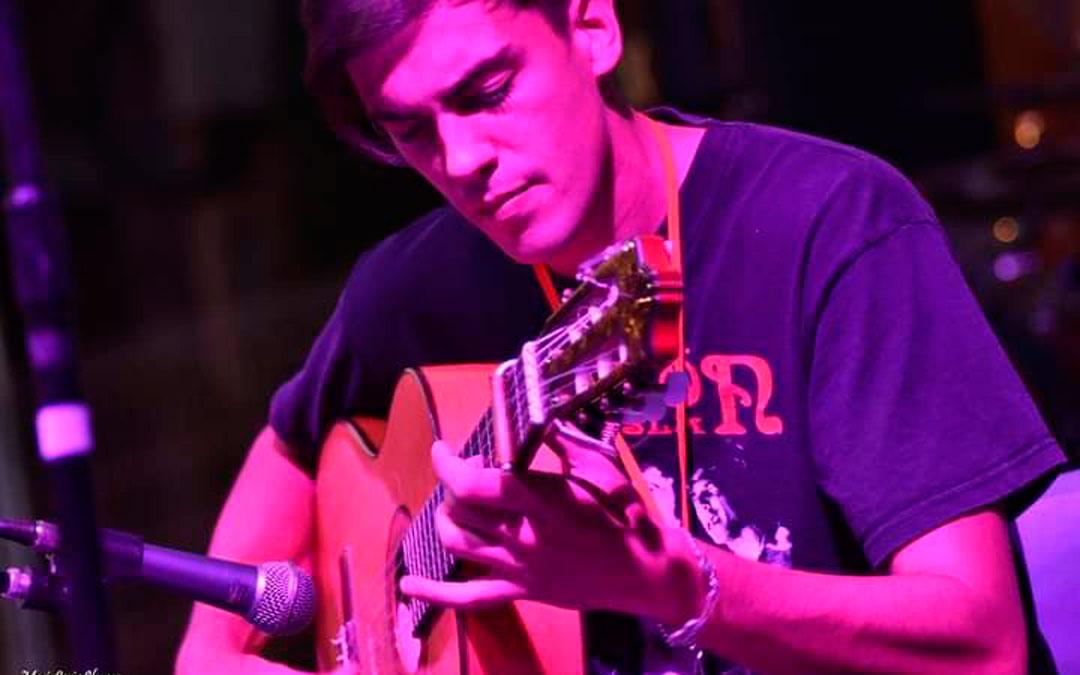 El músico Vicente Gabarre actuará en uno de los tres conciertos de este sábado en Caspe / R.L.