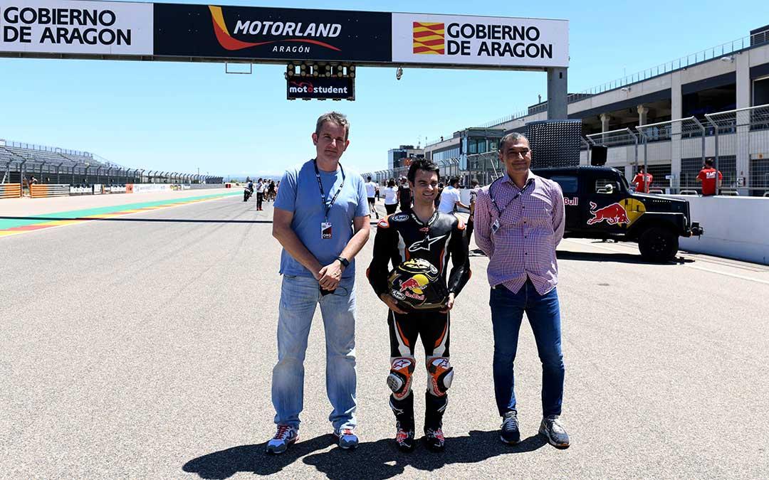 Dani Pedrosa ha visitado este viernes Motorland acompañado de autoridades locales y responsables de organización de Motostudent./ Ayto. Alcañiz