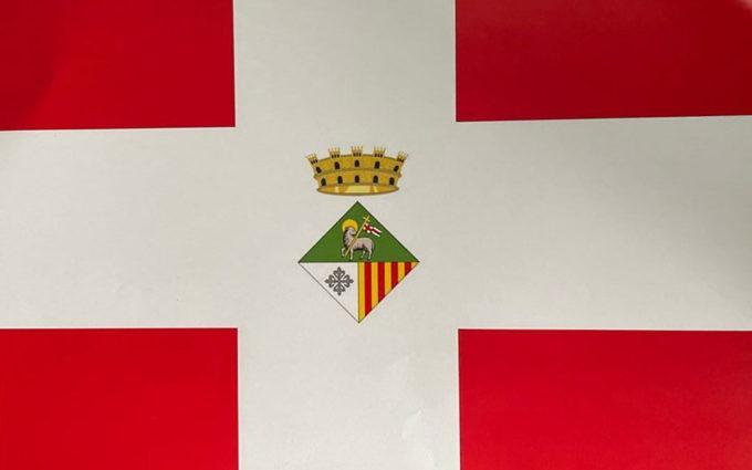 Cretas ya cuenta con un escudo y bandera identificativo de la Villa