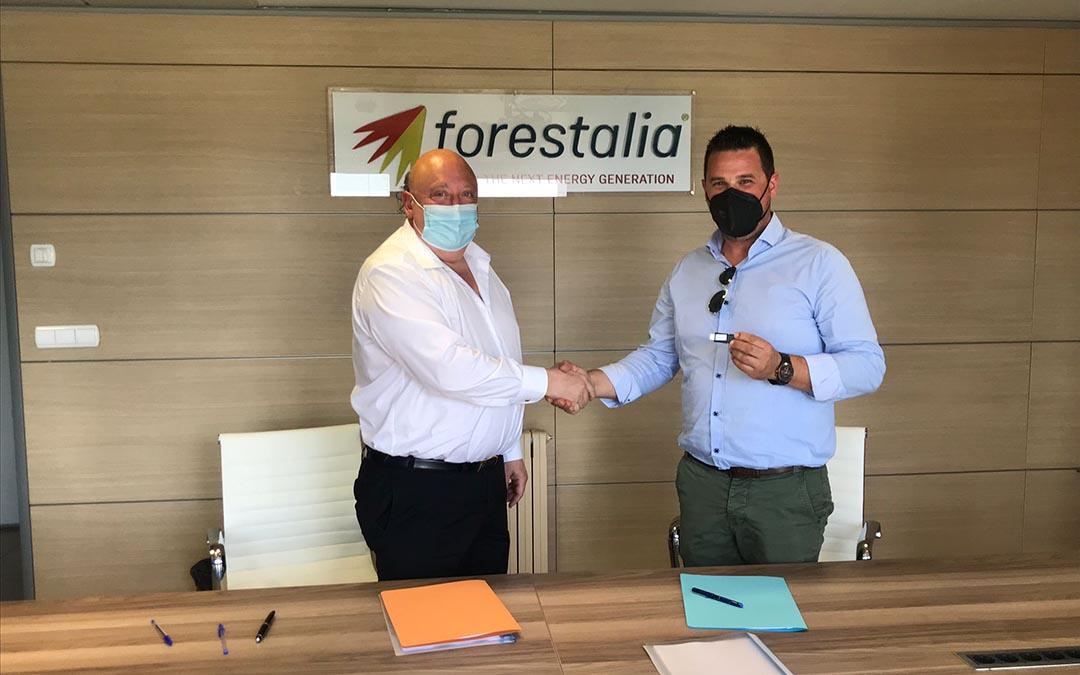 forestalia-altiplano-firma-convenio-acuerdo-apretón-de-manos