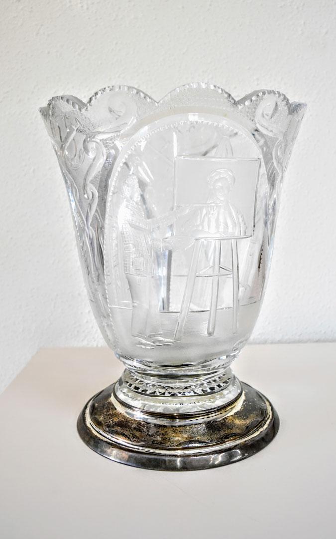 Una de las especialidades de Pons Cirac eran los jarrones tallados en cristal. /Centro de estudios maellanos