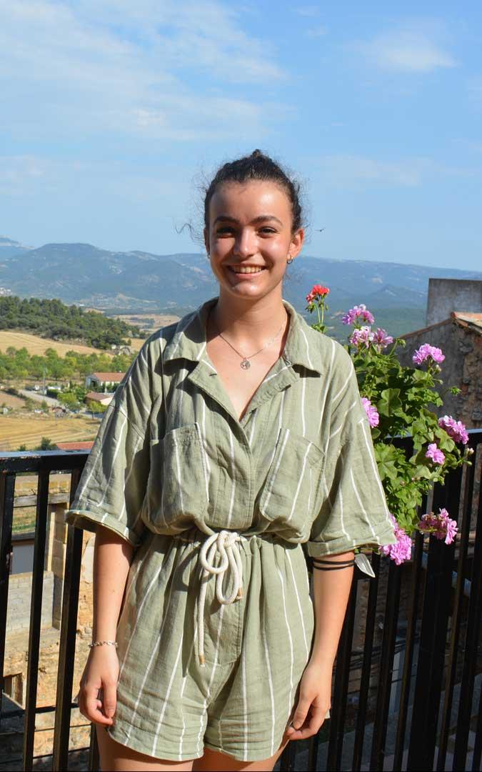 Marta Monera realiza prácticas como terapeuta ocupacional para el Ayuntamiento de Monroyo / I. Marinescu