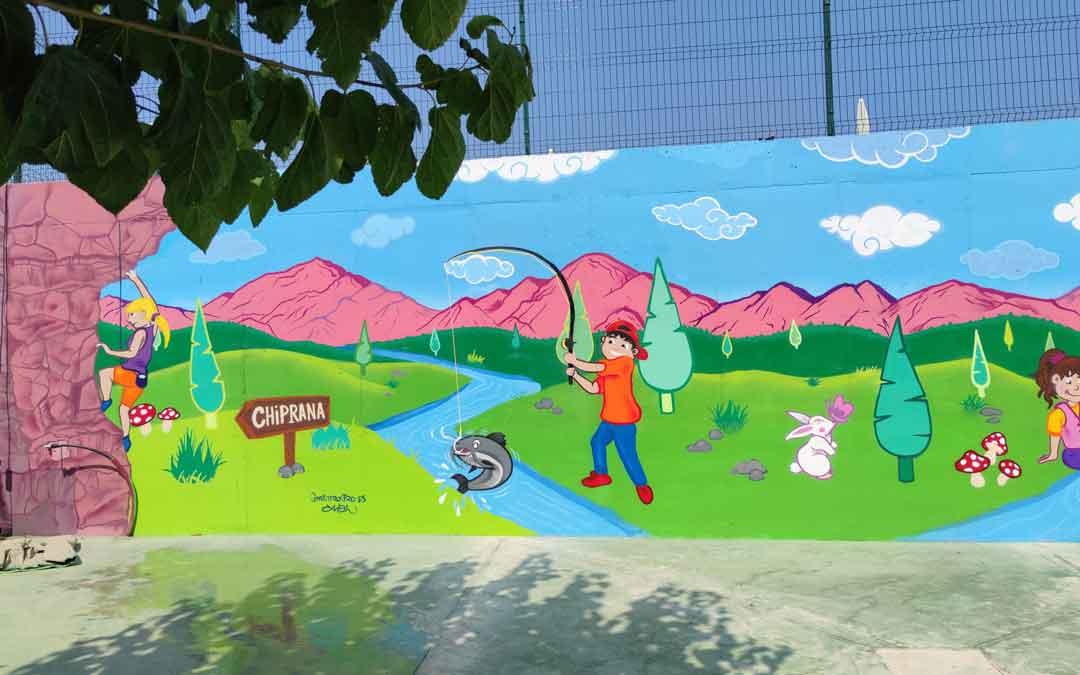 En el nuevo mural aparecen elementos representativos de Chiprana / Alberto Gracia
