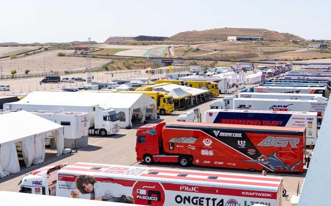 Aspecto que ofrece el paddock de Motorland Aragón en el FIM CEV Repsol./ Motorland Aragón