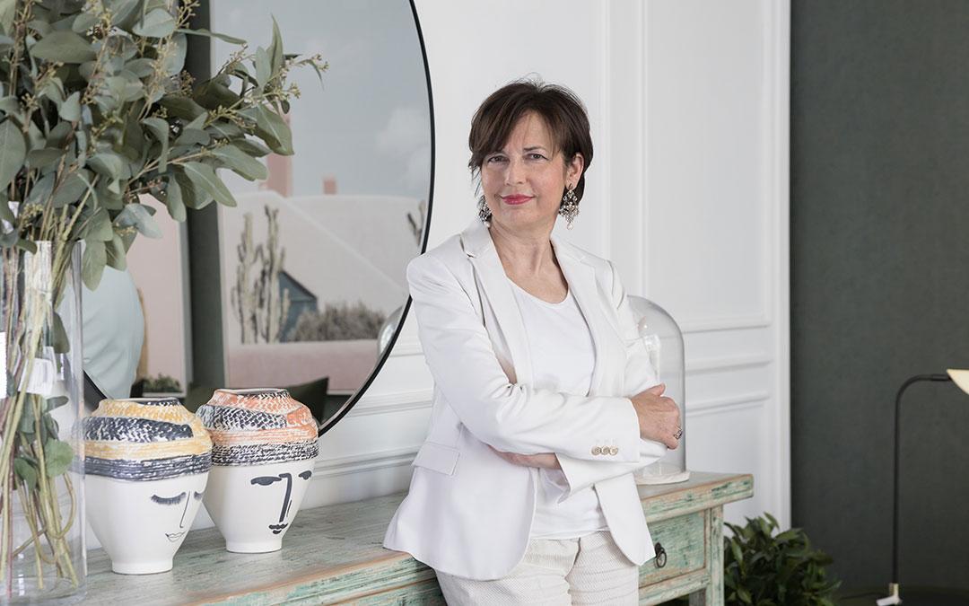 Rosa Blasco ejerce como médico de familia en Tudela. 'Premonición' también es un homenaje a su profesión. / Blanca Aldanondo