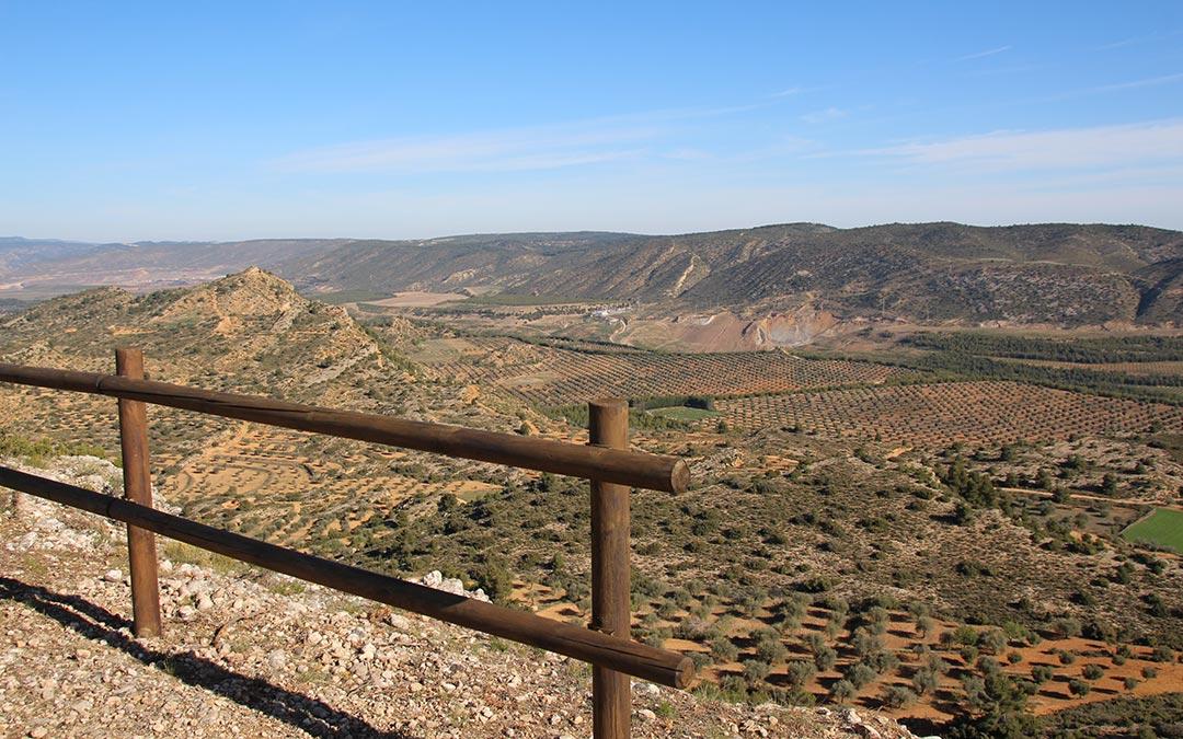 Val de Ariño desde el Mirador del Carnicero en Alloza