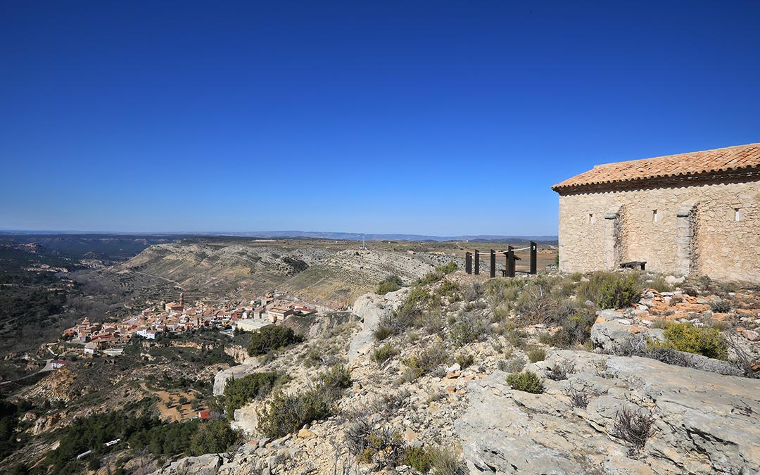 Mirador de la ermita de Santa Bárbara y Crivillén
