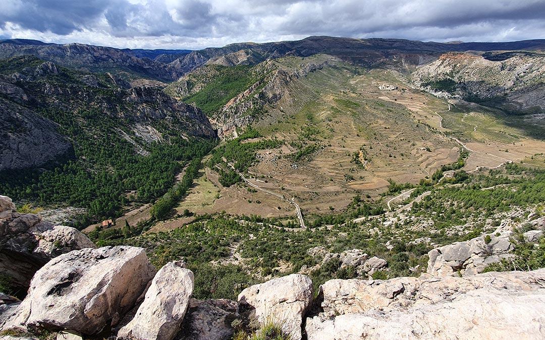 Valle de Montoro desde el Mirador de los Órganos de Montoro en Ejulve