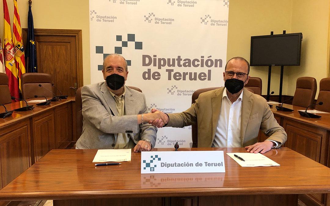 DPT y Gobierno de Aragón firman el convenio para los colegios de la provincia