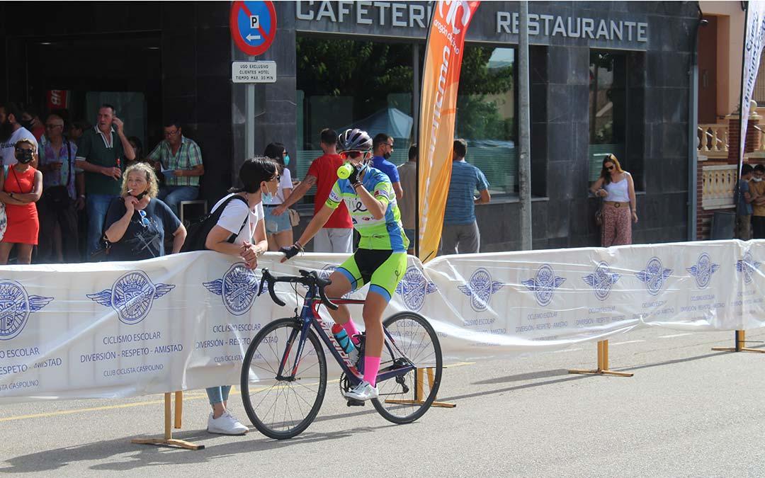 La alcañizana Nadine Salvador es una de las dos participantes de la XXXVII Vuelta al Bajo Aragón en categoría femenina / Eduard Peralta