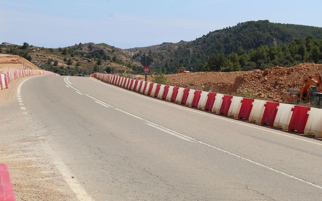 Movimiento de tierras en la salida a Teruel. / B. Severino