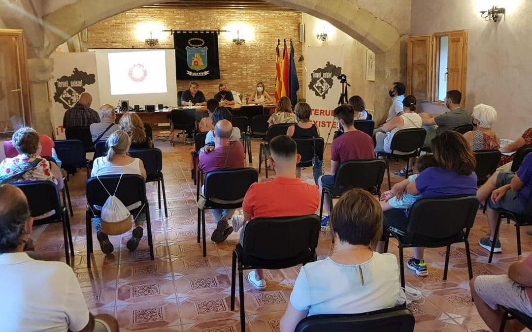 Presentación en Aliaga del proyecto. / L. C.