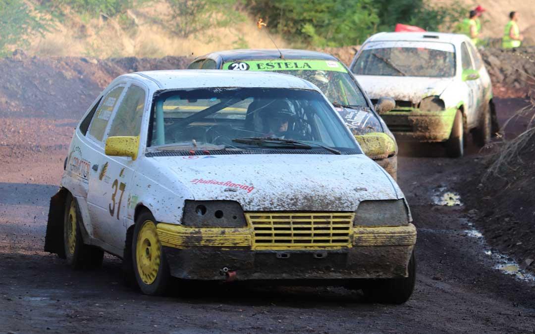 Tres de los vehículos que compitieron dentro de la División II en el circuito de Autocross de Utrillas./ FADA