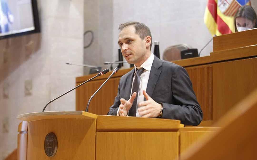 Carlos Trullén es el portavoz de Cs en Educación, Cultura y Deporte,