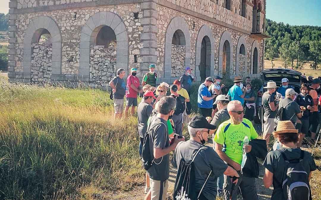 Una de las tres marchas programadas dentro de las actividades que ha organizado la Asociación Patrimonio Minero de Escucha./ Asociación Patrimonio Minero de Escucha