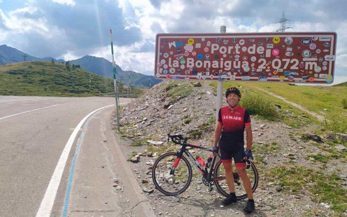Jesús Laborda: «Cruzar los Pirineos en bicicleta está siendo el regalo de mi vida»