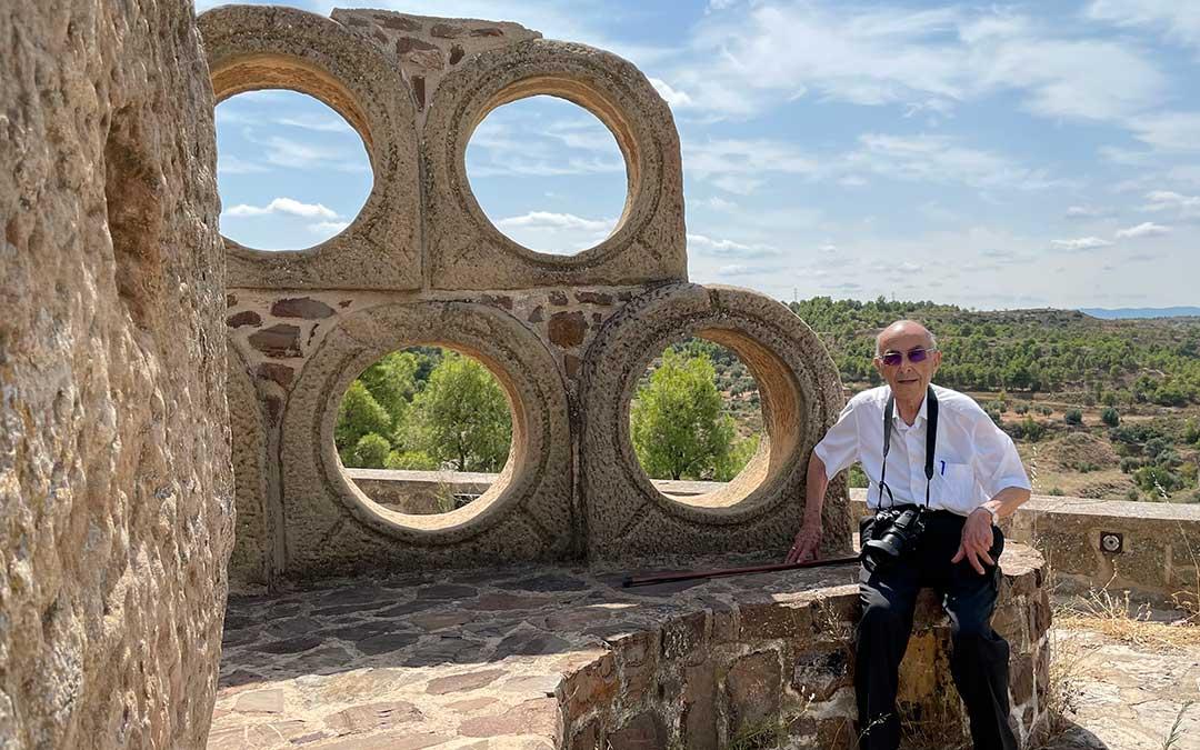 Perdiguer en el Monumento del Olivo./ María Celiméndiz