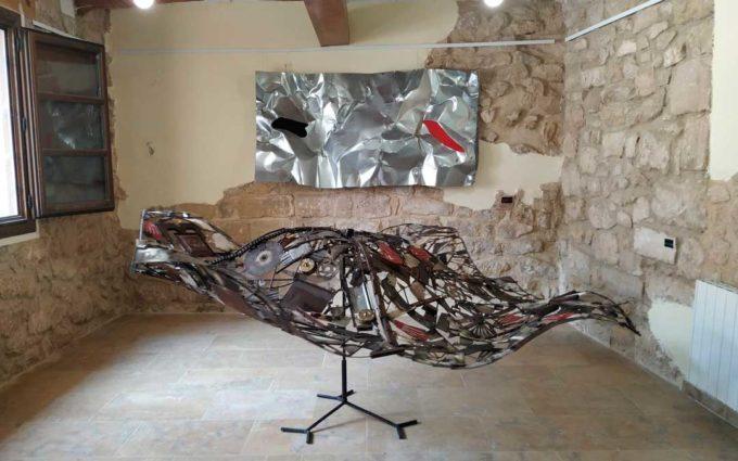 Dos exposiciones de materiales reciclados abren sus puertas en Fabara durante el mes de agosto