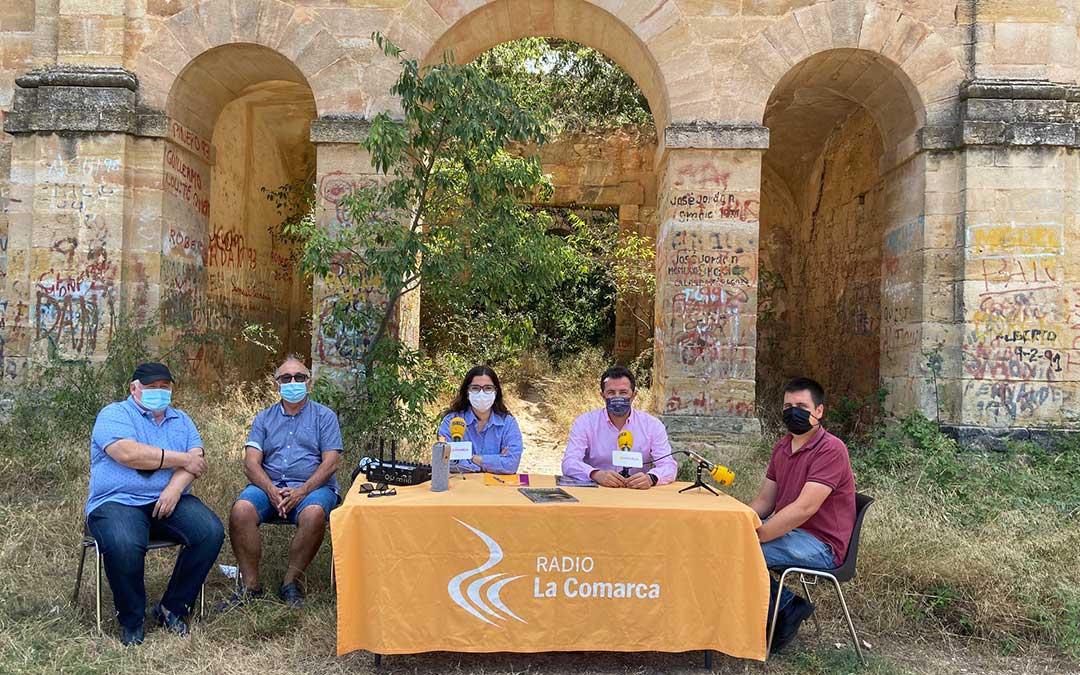 Invitados al programa especial emitido desde el Convento del Desierto de Calanda./ L.C.