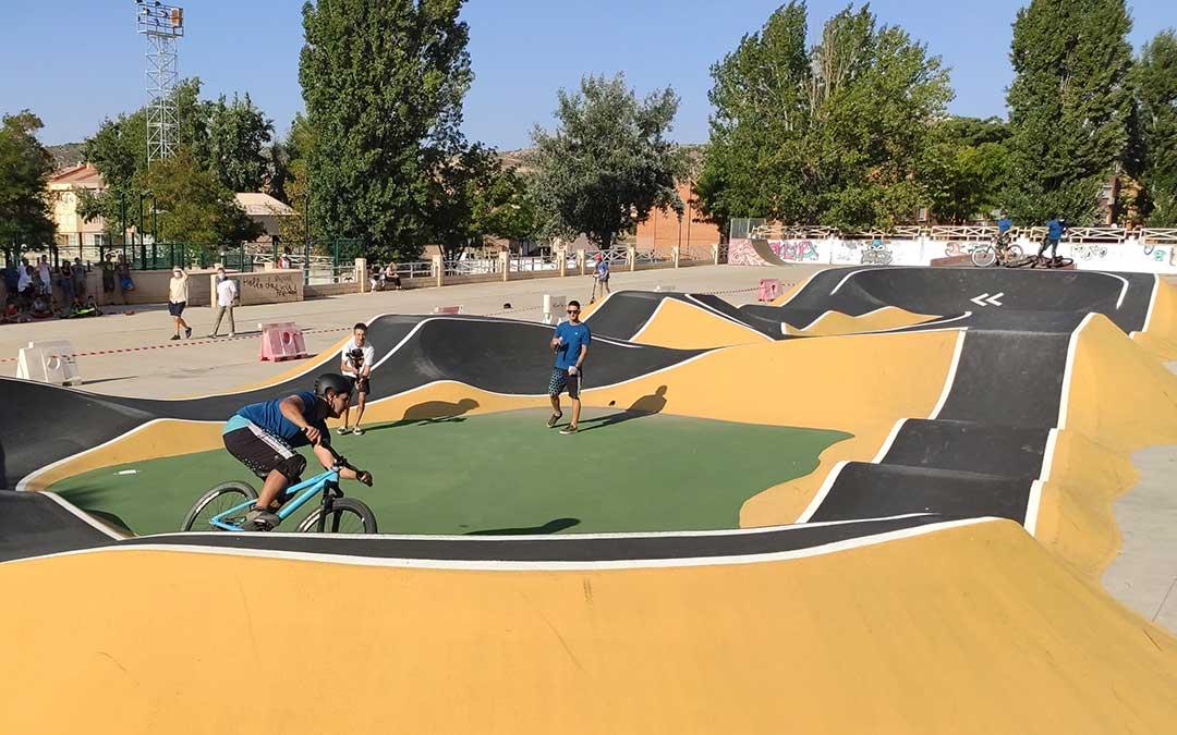 Exhibición en el circuito de Pump Track de Andorra./ Ayto. Andorra