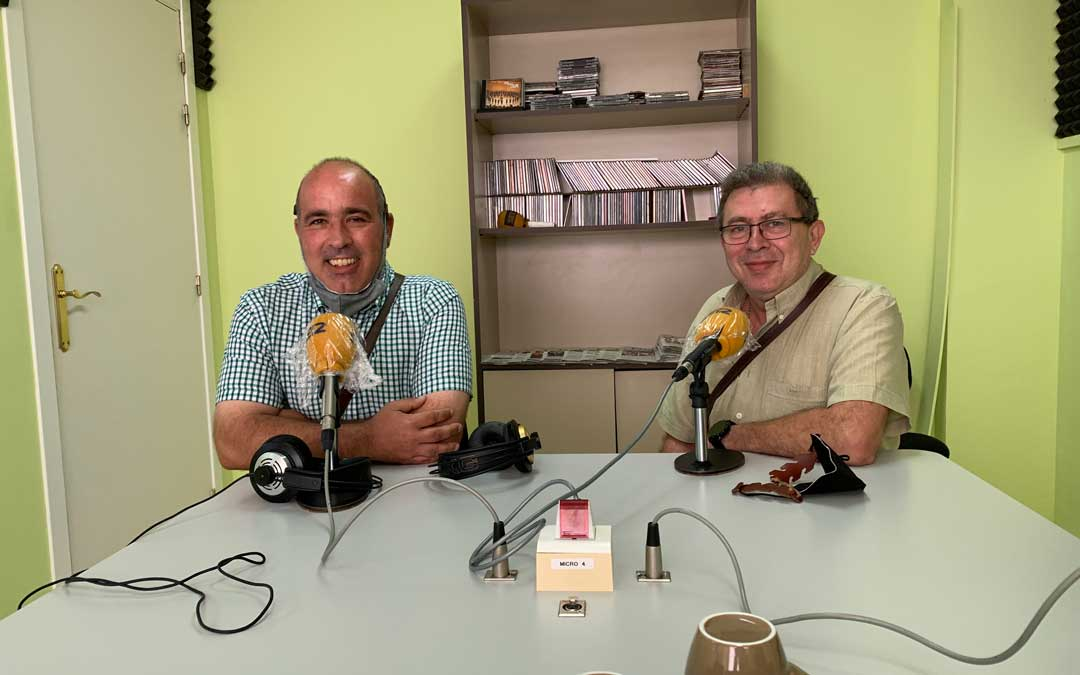Rafael Guardia y Rafael Lumbreras, en Radio Caspe/ E.P.
