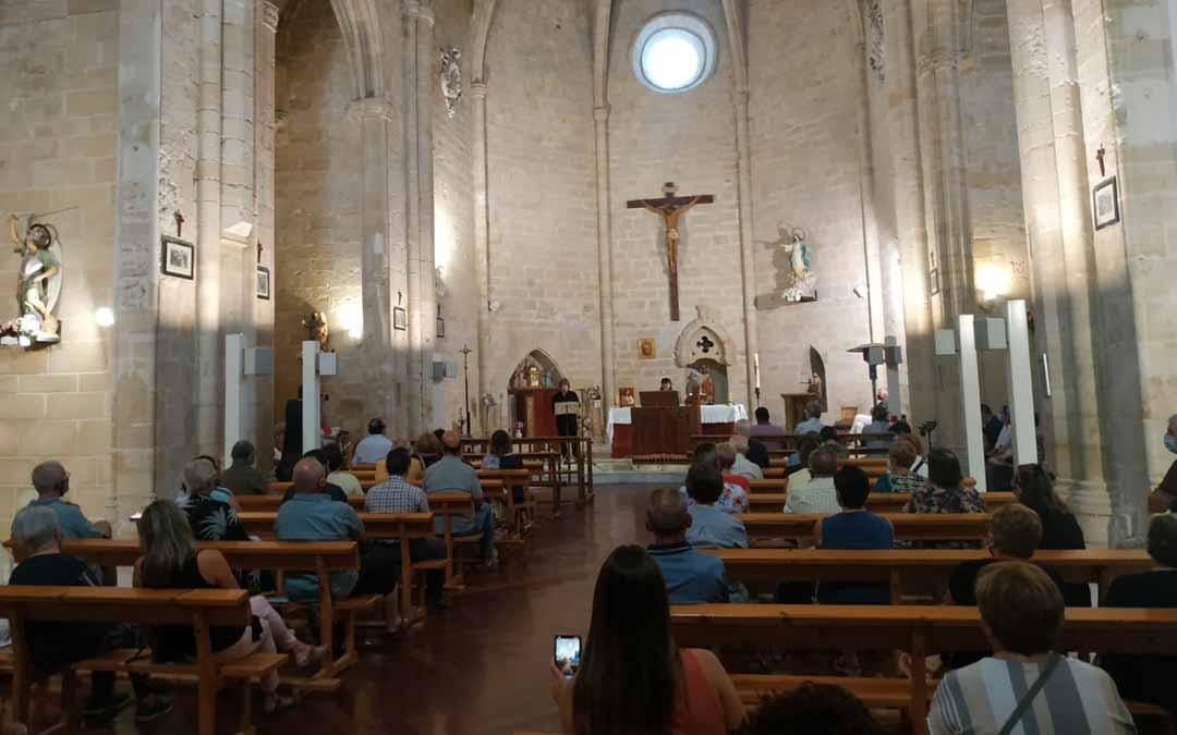 El templo parroquial de Ráfales acogió un concierto en honor a Rafael Anglés.