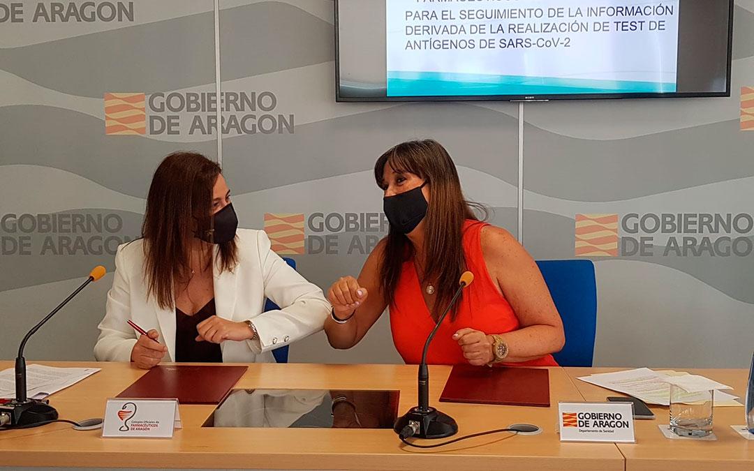 García Fuentes y Repollés, tras la firma del acuerdo./ DGA