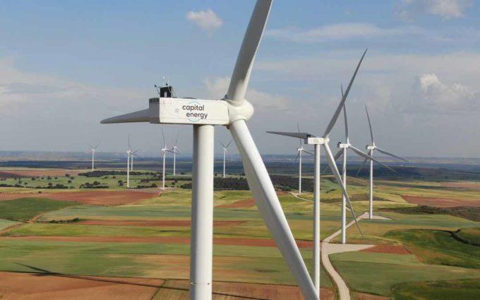 Capital Energy adquiere más de la mitad de los 3.300 megavatios de renovables que subasta el Gobierno