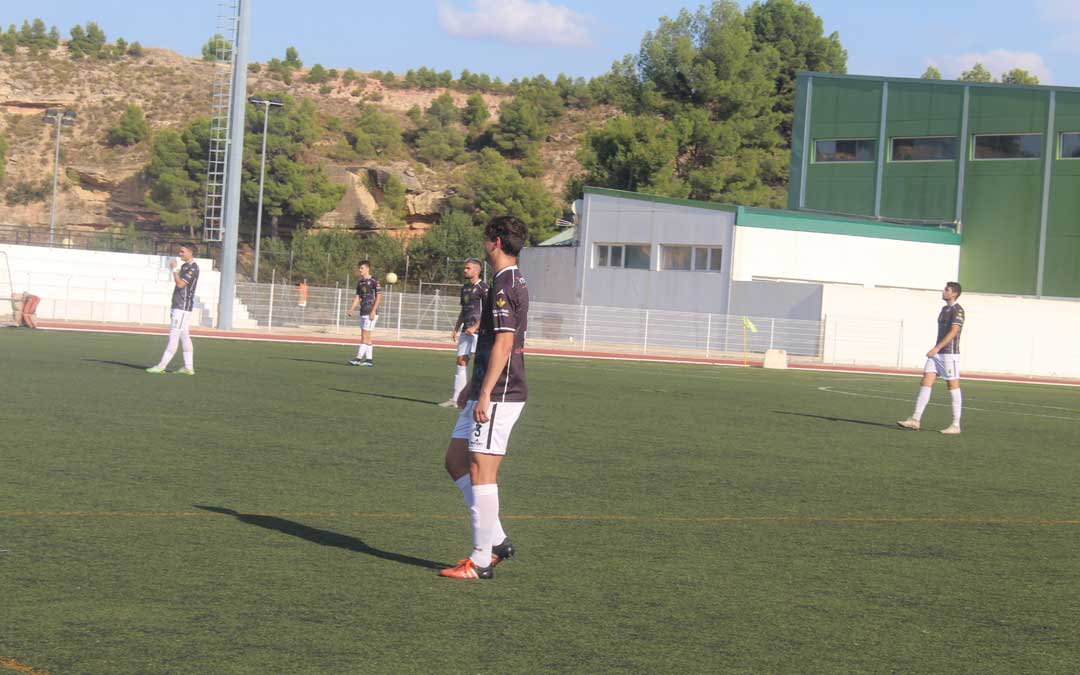 Javi Muniesa se enfrentó a su ex equipo vistiendo los colores del alcañiz / Eduard Peralta