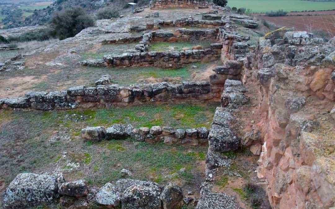 Restos de los cimientos del poblado íbero de La Tallada en Caspe/ Ayuntamiento de Caspe